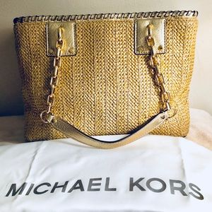 3fea50e47f97 Michael Kors Bags - Michael Kors Straw Rosalie East West